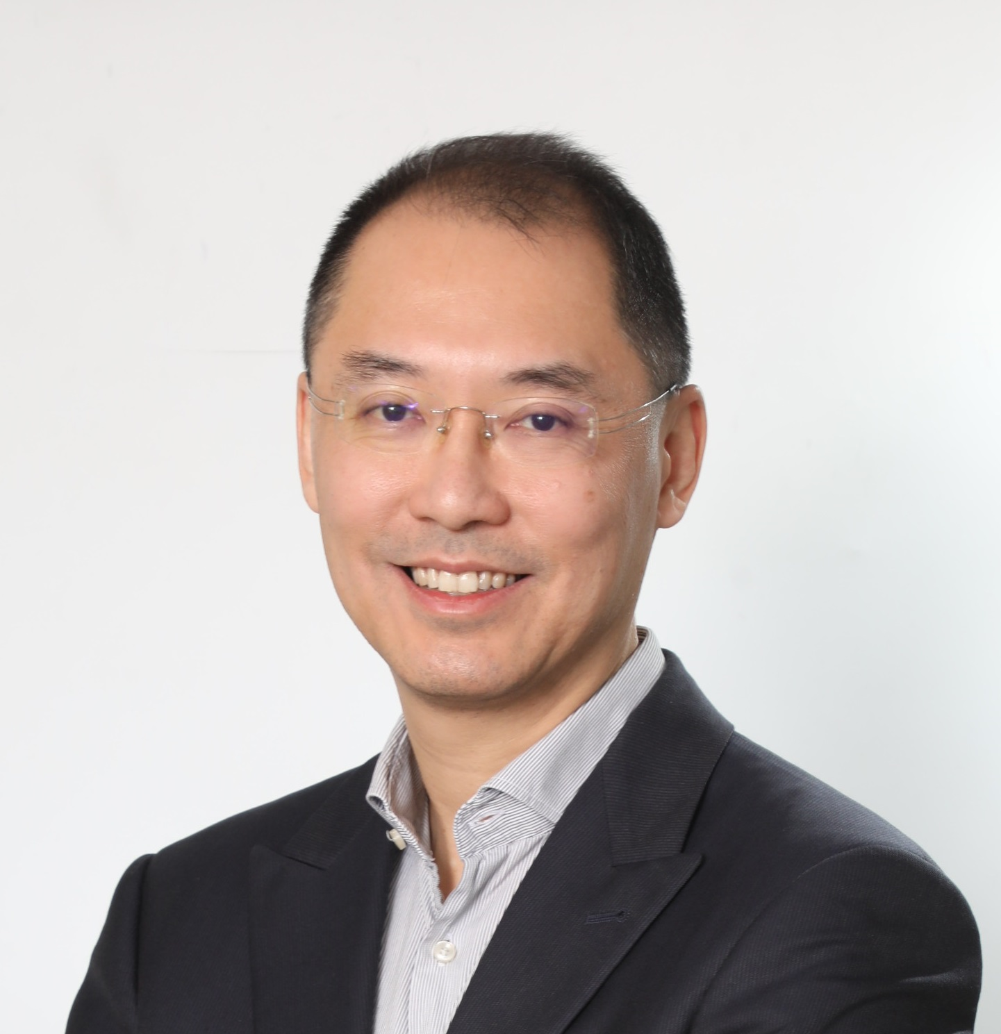 Dr. Kevin LEUNG